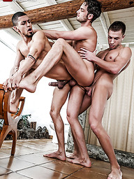 Damon Heart Gets Double-fucked By Ibrahim Moreno And Bogdan Gromov